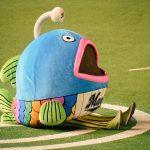 【ドアラ逃げる】ロッテのマスコットキャラクター「謎の魚」がキモイ!【グッズ販売も開始】